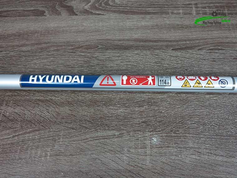 may cat co huyndai htu 28 5 - Máy cắt cỏ Hyundai HTU-28 Nòng 34 0.9HP Chính Hãng (Chế Walbro)