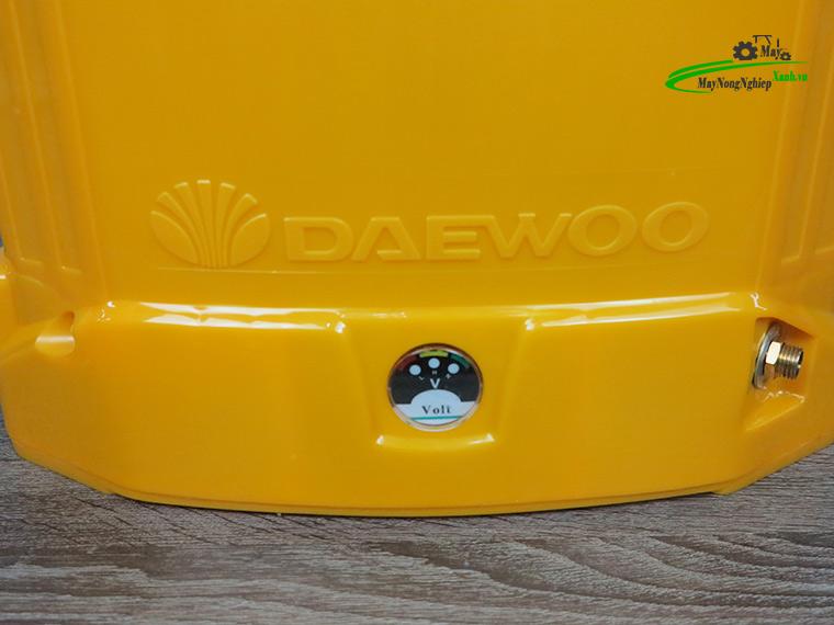 Binh xit dien daewoo 20 lit pin Lithium DAES s3b LT vang 4 - Bình xịt điện Daewoo 20 lít DAES-S3B-LT Pin Lithium 8AH-12V Màu Vàng