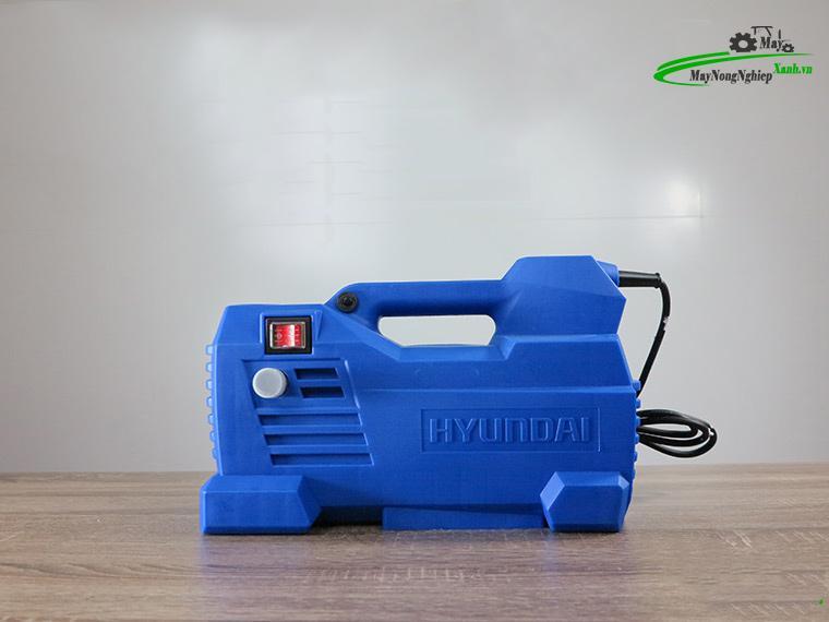 danh gia may xit rua mini gia dinh hyundai hrx915 2 - Đánh giá máy xịt rửa mini gia đình Hyundai HRX915 Cảm Ứng Từ