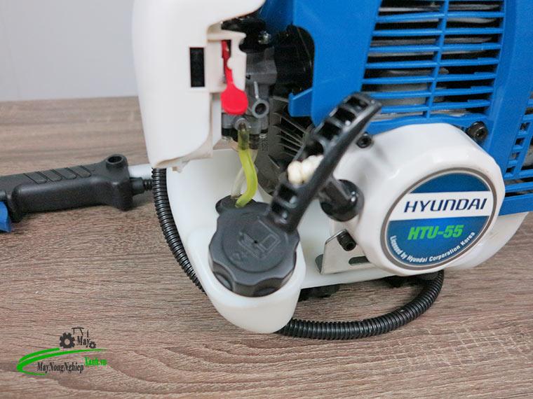 may cat co hyundai htu 55 nong 44 chinh hang 5 - Máy cắt cỏ Hyundai HTU-55 Nòng 44 1.87HP Chính Hãng (Chế Walbro)