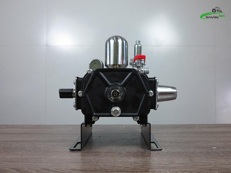 dau xit ap luc daewoo daps 29b 1hp den chinh hang 6 - Đầu xịt áp lực Daewoo Daps 29B 1HP màu đen chính hãng.