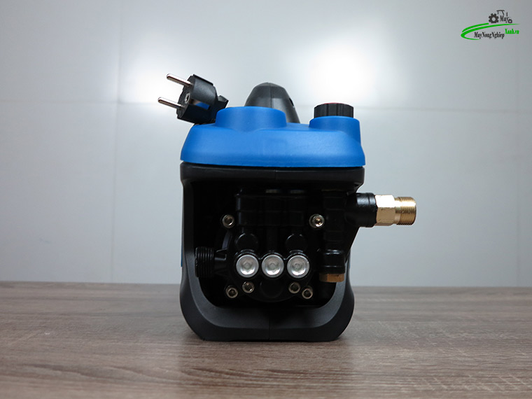 may xit rua xe mini Omais ql980t chinh ap mau xanh 3 - Máy xịt rửa xe mini OMAIS QL 980T Chỉnh áp màu Xanh