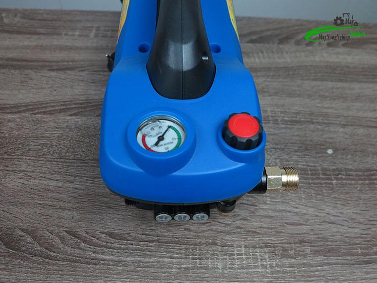 may xit rua xe mini Omais ql980t chinh ap mau xanh 5 - Máy xịt rửa xe mini OMAIS QL 980T Chỉnh áp màu Xanh