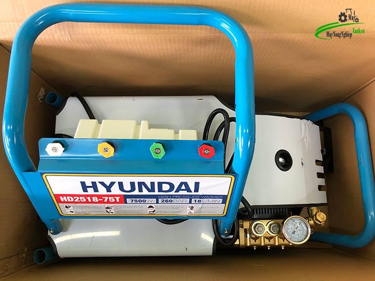 may rua xe cong nghiep Hyundai Hd2518 75T 260 bar 1 - Máy rửa xe công nghiệp Hyundai HD2518-75T Áp Lực 260 Bar